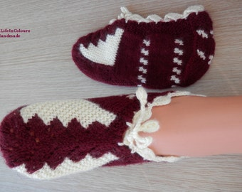 Turkish hand knit women's slippers, slipper socks, house shoes.