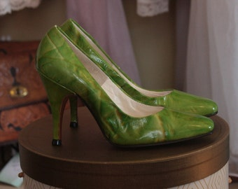 Vintage Seventies Heels from Johansen with Original box.
