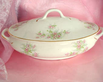 Vintage Shabby Serving Dish Covered Elpco East Liverpool Pottery Pink Rose Shabby 1930s Cottage Chic