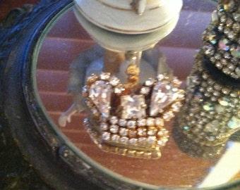 Vintage rhinestone pin brooch or crown
