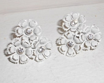 White earrings cluster snow white florets and glass rhinestones clip on 1950s vintage mid century jewelry Free USA Shipping