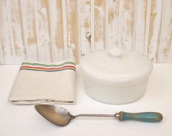 Vintage Milk Glass Covered Casserole, Anchor Hocking Covered Baking Dish, Milk Glass Ovenproof Casserole, Midcentury White Casserole