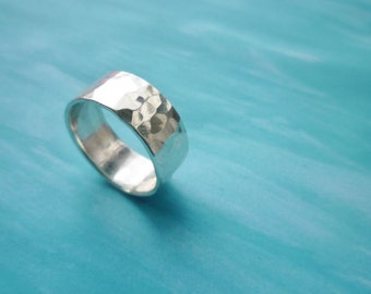 Sterling silver Moroccan honeycomb hammered band ring