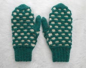 Traditional Newfoundland Honeycomb Double Knit Mittens Heather Green and Natural Wool