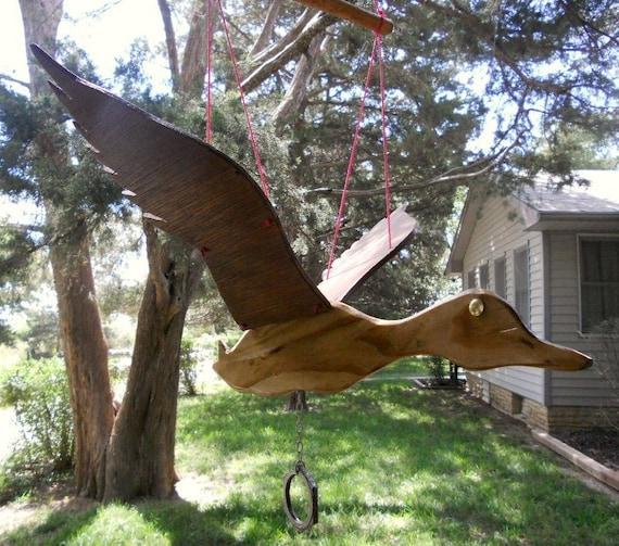 Flying duck wooden mobile yard garden art for Mobili wooden art