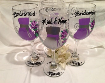 Bridesmaid Wedding Wine Glasses Hand Painted Personalized, Bridal Party Glasses, Bridesmaid Maid of Honor Gifts