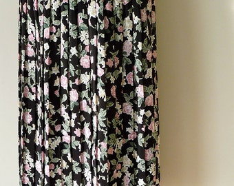 Vintage Floral Pleated / Accordion Skirt UK size 16  with Belt