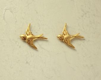 14 Karat Gold Plated  Brass 18 x 18  mm Bird Magnetic Clip Earrings