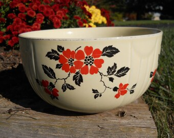 Vintage Hall's Superior Quality Kitchenware Bowl With Poppies