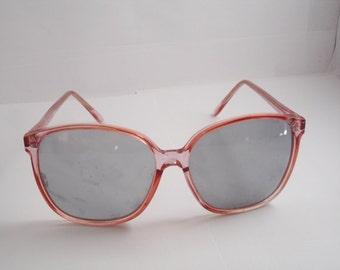 Super Nice Vintage Women's  Eyeglasses - See our huge collection of vintage eyewear