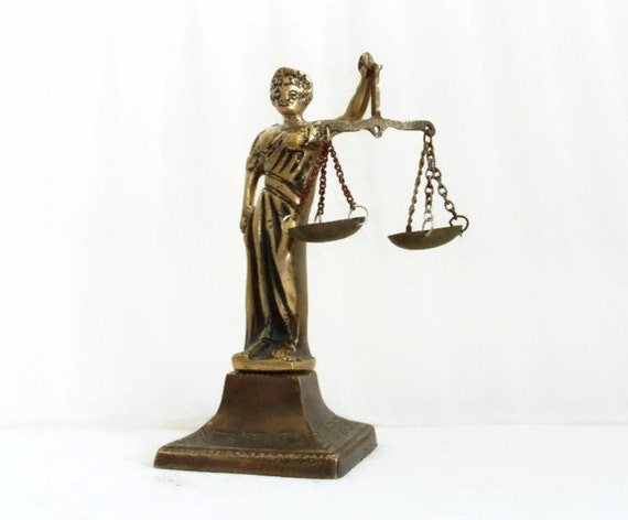 Lady justice figurine vintage brass balance scales of