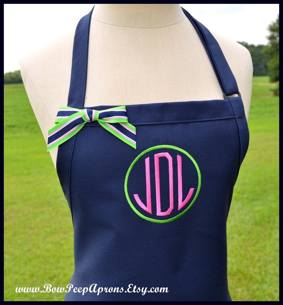 Circle Monogrammed Personalized Apron Round Preppy Chefs