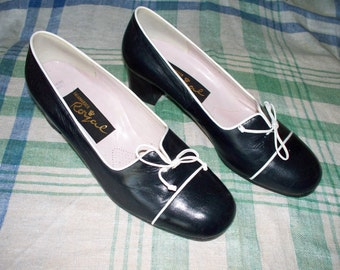 1960s Pumps - Royal Salamander - Made in Italy - Size 6.5E - Navy Leather - Court Shoe - Block Heel