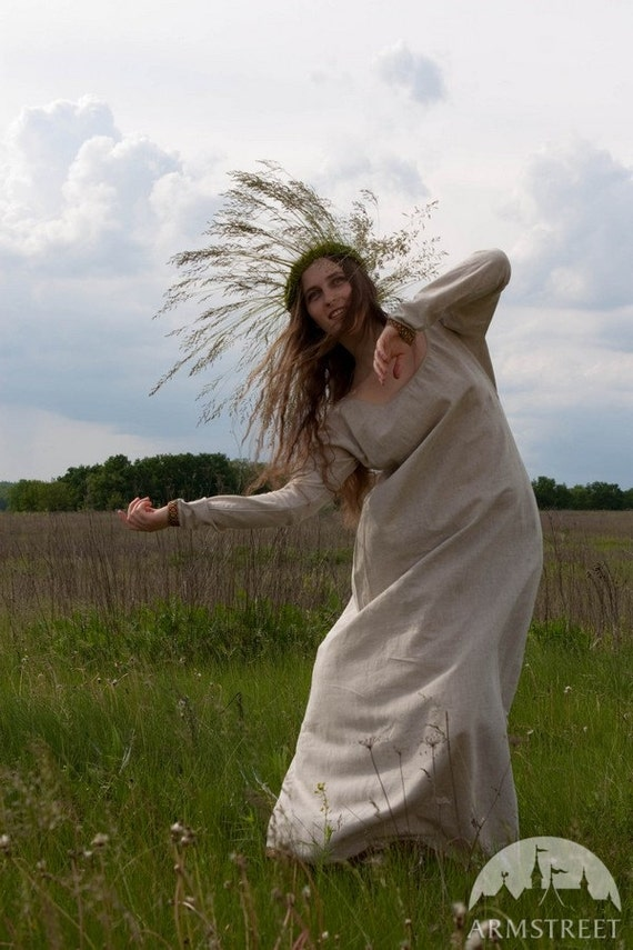 """Early Medieval Linen Underdress """"Helga"""""""