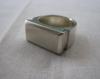 Roman Signet Ring - silver, heavy, ready to engrave
