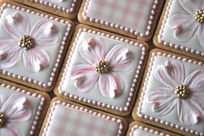 Elegnat White And Pink Dogwood Flower amp Gingham Print Wedding