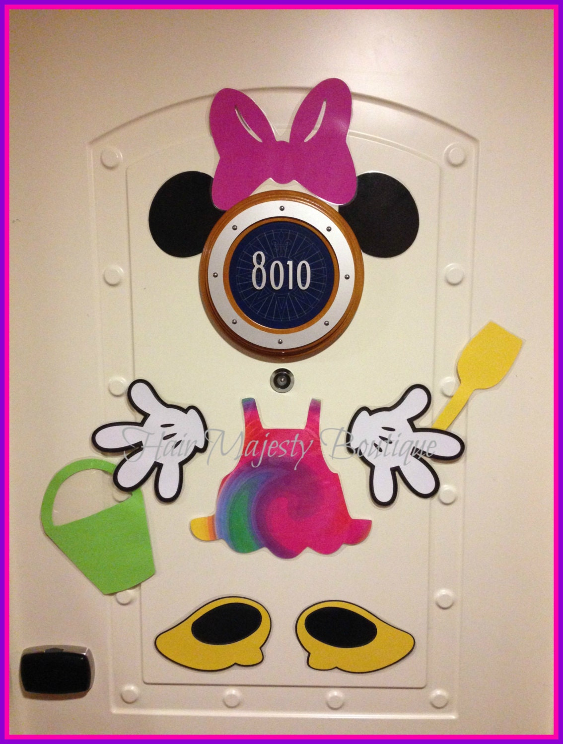 Minnie Mouse Beach Body Part Magnet For Cruise Door