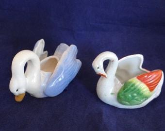 Vintage Pair of Swans - How Cute