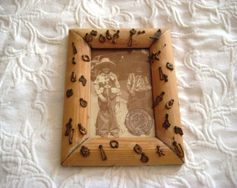 "Cowboy wood frame, prairie frame, country western frame, wood picture frame, 4 x 6"" frame"