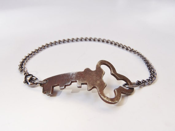 Antique Key Infinity Bracelet - Repurposed - Upcycled - Handmade - Steel Chain - Vintage - Skeleton Key - Made to Order - Unisex Jewelry