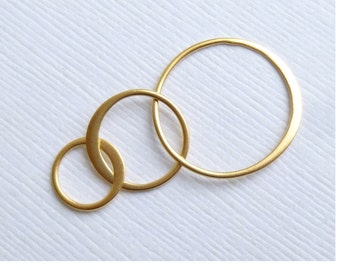 Gold Vermeil Three Circle Connector -- One Piece -- Triple soldered rings in Satin Finish Gold Plated Sterling Silver