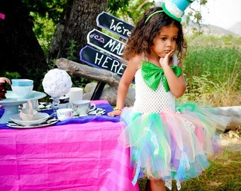 Mad Hatter Costume, Mad Hatter Tutu, Mad Hatter Top Hat, Alice in Wonderland, Tutu Dress, Halloween Costume, Outfit of Choice