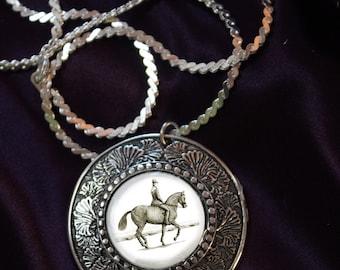 Dressage Horse in Piaffe pendant