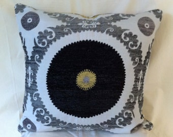 Single-Unique 20x20 inch Black and Gold Decorative Pillow Cover-Designer Fabrics-Free Shipping