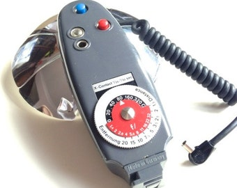 Vintage German ticky flash fan photography shoe mount extension cord camera equipment