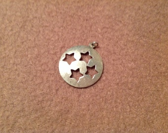 Vintage Sterling Silver Round Star Pendant