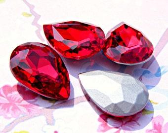 4 Pieces 25mm x 18mm Ruby Red, Peardrop, Vintage Glass Jewels, Red Vintage Rhinestone Destash Jewelry Supplies Jewellery Supplies