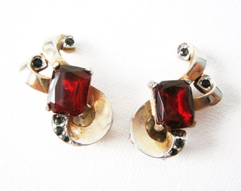 Vintage Pair Of Gold Tone Clip On Earrings With Rectangle Red Stone and Black Diamond Rhinestones