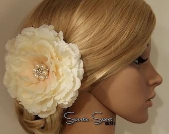 Bridal Hair Comb, Flower Hair Clip, Bridal Hair Clip, Brooch Corsage, Bridal Headpiece, Floral Hair Comb with Rhinestone Crystals HB282