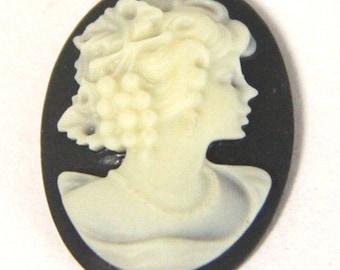 6 pcs of resin elegant lady cameo-RC0165-1-black