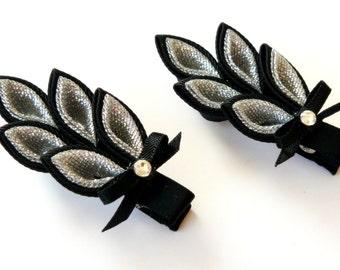 Kanzashi hair clip. Set of 2 hair clips. Black and silver. Kanzashi leaf.
