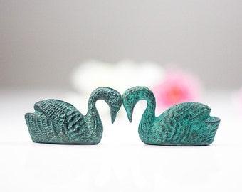 Bird Figurines: Gift Idea for Her, Metal Swans Love Birds, Miniature Pair of Swan Figurines Statues, Animal Sculptures