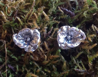 Flower post earrings Sterling Silver