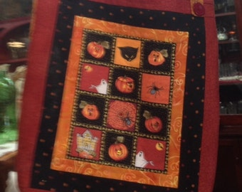 Handcrafted and quilted Halloween tote with embroidery