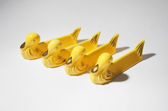 Art Deco Knife Rests - Bird Duck Swan Shape Yellow with gold Ceramic - Set of 4