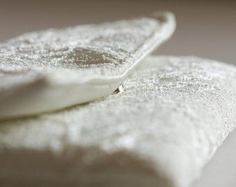 White Wedding Clutch, Cream White Floral Pouch, Summer Wedding Purse