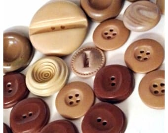 Lot of 30 Vintage Buttons in Tan, Taupe, Brown, Rust, Burnt Umber, Old Buttons, Vintage Buttons
