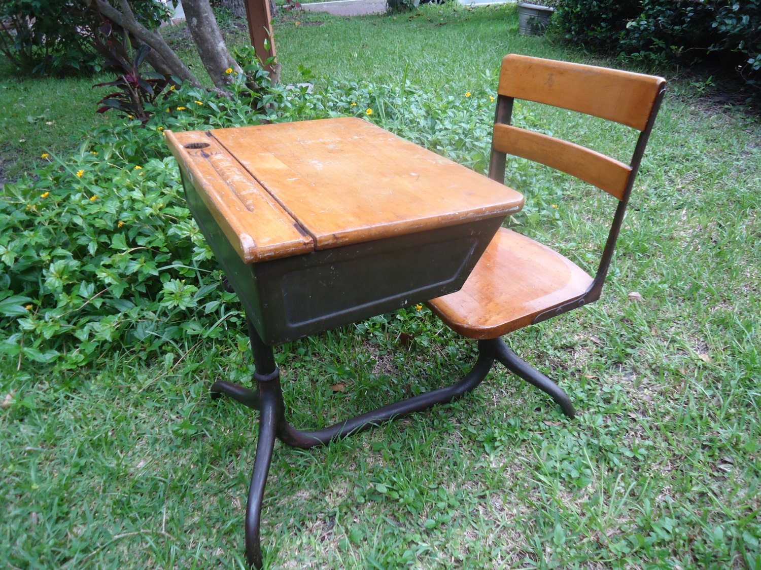 Old School Desks With - Antique School - Antique School Desk Inkwell Antique  Furniture - American - American Seating Company Antique School Desk Antique Furniture