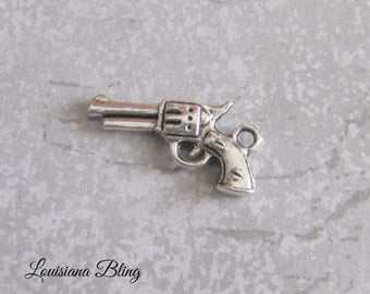 16 Pieces Gun Pistol Pendant Charm, gun charms, 10x20mm Antique Silver Finish 11-8-S