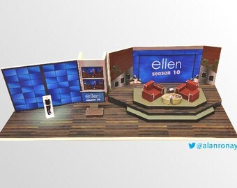 Ellen Show Set Miniature