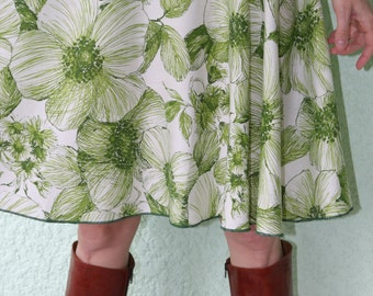Vintage Tablecloth Circle Skirt - Flowers Green White Rayon Resourced 'TableWears', size up to XL