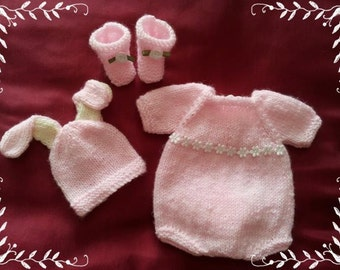 "Knitting Pattern 10"" bunny romper set"