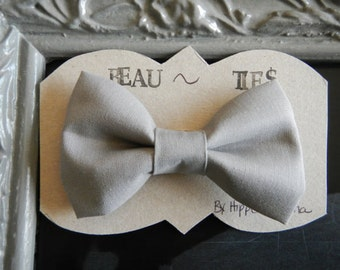 Baby Boy Toddler clip-on bow tie Grey