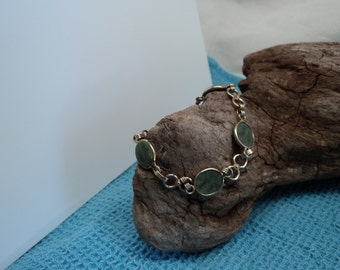 Vintage Green Jade 12K Gold Filled Bracelet with Spring Clasp and Safety Chain