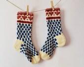 Handknit long wool women socks blue dots knit hearts red to buy europe sokker warm - WoolSpace
