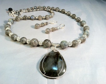 Labradorite Necklace Set/ Flashy Labradorite Necklace Set/ Statement Labradorite Set